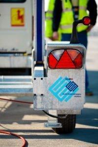 Elektromontagen-Leipzig-GmbH-Flughafeninfrastruktur-Flughafen-Hannover-HAJ-Rollwegbefeuerung-1-200x300