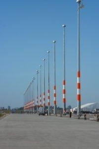 Elektromontagen-Leipzig-GmbH-Flughafeninfrastruktur-Flughafen-BER-Vorfeldbeleuchtung-1-200x300
