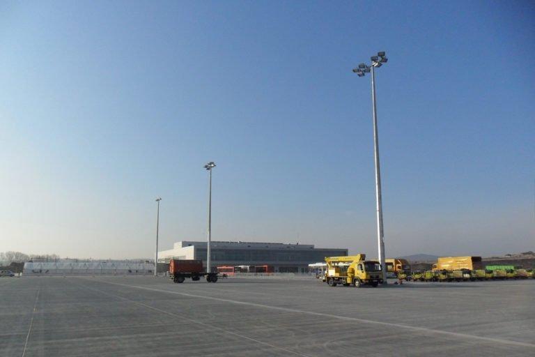 Flughafen-Kassel-Calden-Vorfeldbeleuchtung-2