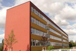 Elektromontagen-Leipzig-GmbH-Oeffentliche-Einrichtungen-Pestalozzi-Schule-Sicherheitsbeleuchtung-1-300x200