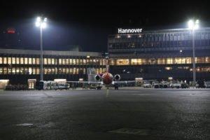 Elektromontagen-Leipzig-GmbH-Flughafeninfrastruktur-Flughafen-Hannover-HAJ-Vorfeldbeleuchtung-Terminal-A-B-4-300x200