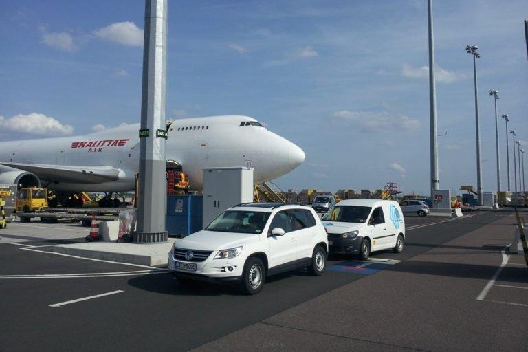 Flughafen-Leipzig-Halle-LEJ-Vorfeldbeleuchtung-APRON-4-2