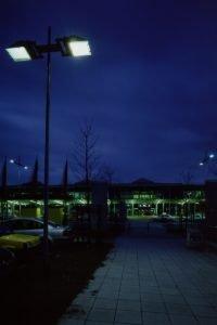 dhl-strassenbeleuchtung-zufahrt-2-200x300