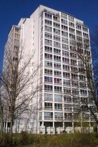 ELMO_Elektromontagen-Leipzig-GmbH_Wohnungsbau_Wohnhochhaus-Bästleinstraße-10-Sanierung_2014_Titel-200x300